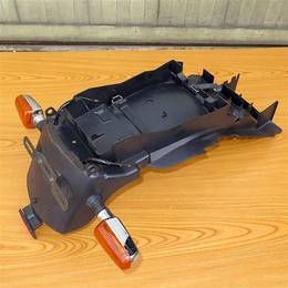 XJR1300 RP01J 純正 リアフェンダー ウインカー付