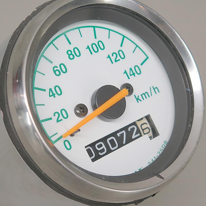 グラストラッカー ビッグボーイ (NJ47A) 純正 スピードメーター 9072.6km 即買OK!