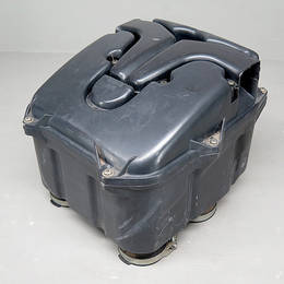 Vmax1200 (1FK) 純正 エアクリーナボックス