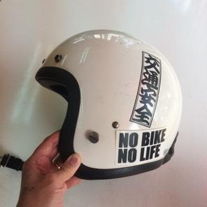 送料込 NO BIKE NO LIFE ステッカー ヘルメット バイクに