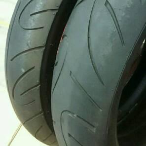 ブリヂストン BATTALAX タイヤ