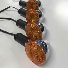 W650純正ウインカー 前後セット 電球付き 作動確認済み