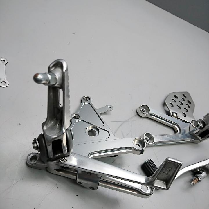 CBR600RR PC37 純正ステップ&ホルダーセット
