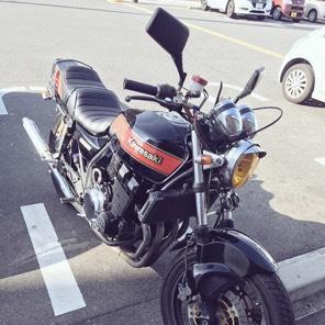 ZRX400.