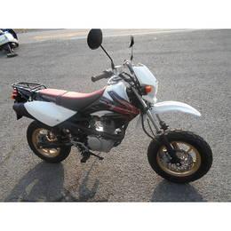 XR100モタード 2008年モデル♪
