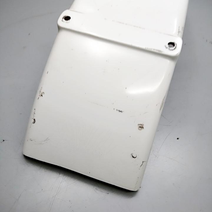 TW200 <DG07J> 社外 リア フラットフェンダー FRP製