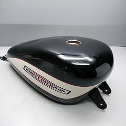 ハーレー XL1200R(04-06) ロードスター 純正タンク ブラック/アイボリー