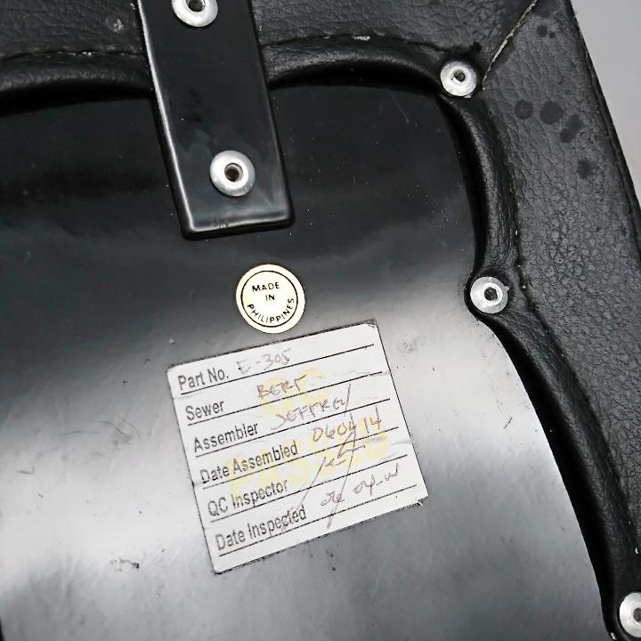 マグナ250 <MC29> 社外 コブラシート スタッド付き