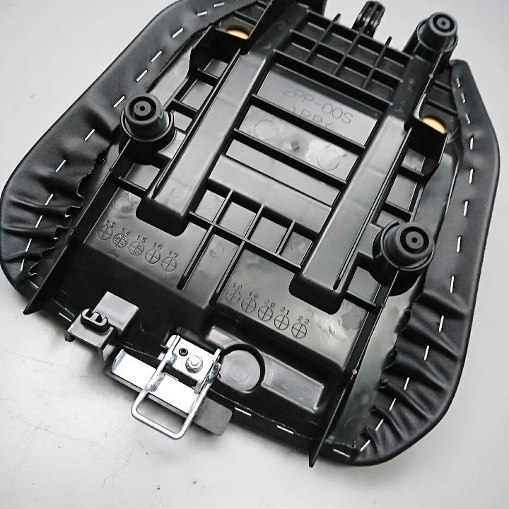 MT-09トレーサー 純正オプション ローシート 14mmダウン