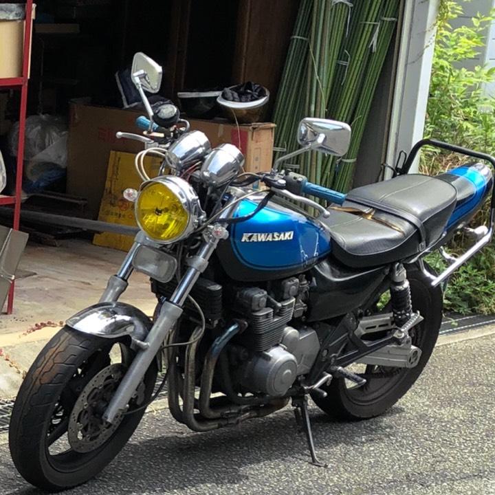 Kawasaki ゼファー400
