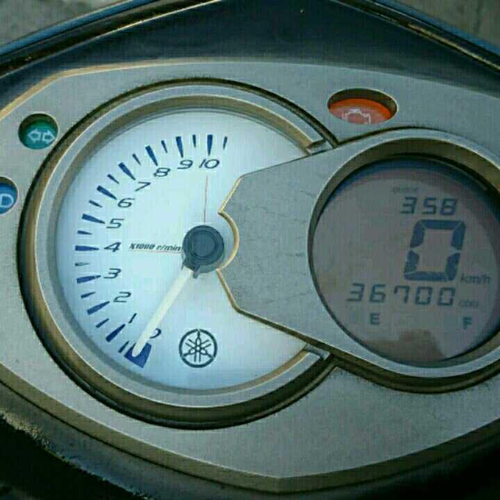 ヤマハシグナスX125タコメーターあり35000キロメートル