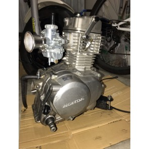 エイプ50改80cc 吸排気ポート加工 pc20キャブ付き