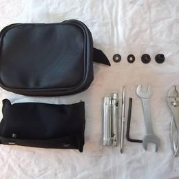 新品 KLX125 純正 車載工具&バック 56007-0078 56008-0022-MA 60