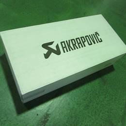 CRF1000Lアフリカツイン/DCT 16-18 アクラポビッチ チタンスリップオン