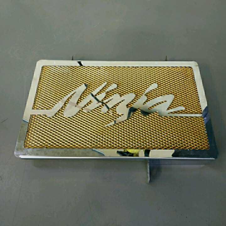 Ninja250SL ラジエターカバー 金色