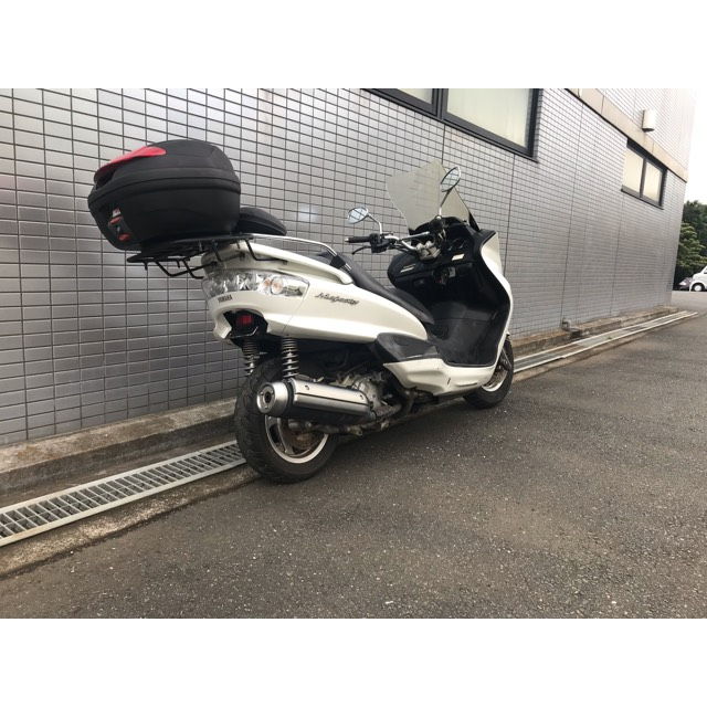 【YAMAHA マジェスティ】ホワイトカラー!!シンプルカスタム!!