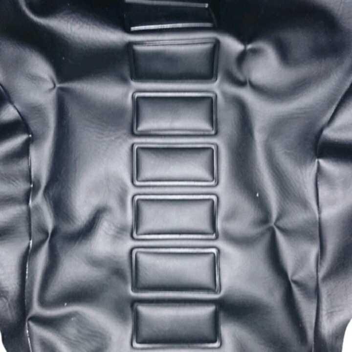 初期型RZ 純正シート皮とシートベルト 未使用新品&オマケ付き