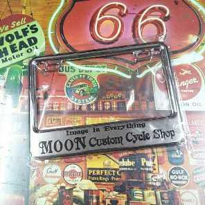 MOONEYES ムーンアイズ ナンバー枠 小型バイク用 クローム 1