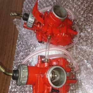 初期型RZに。ノグチの赤キャブVM28