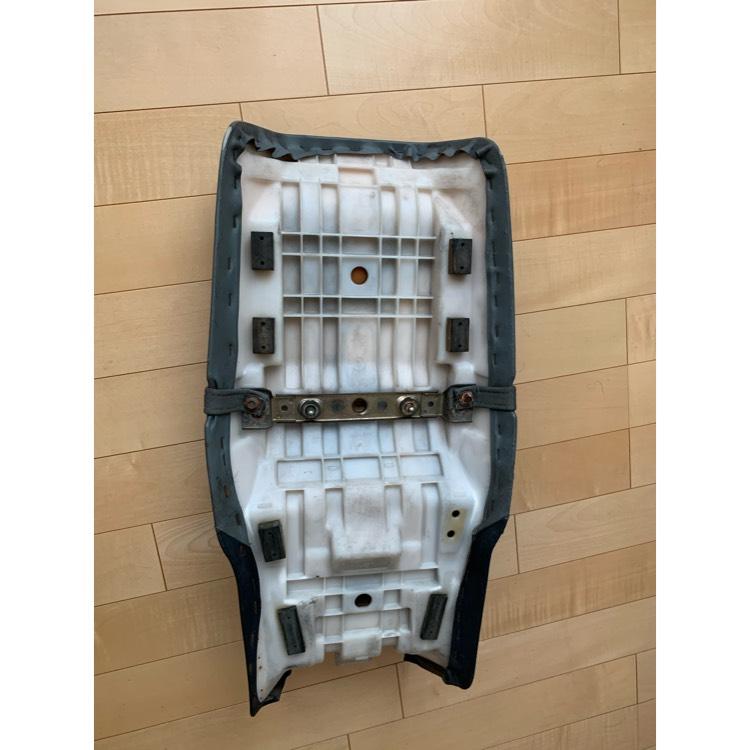 gsx400s カタナ シート