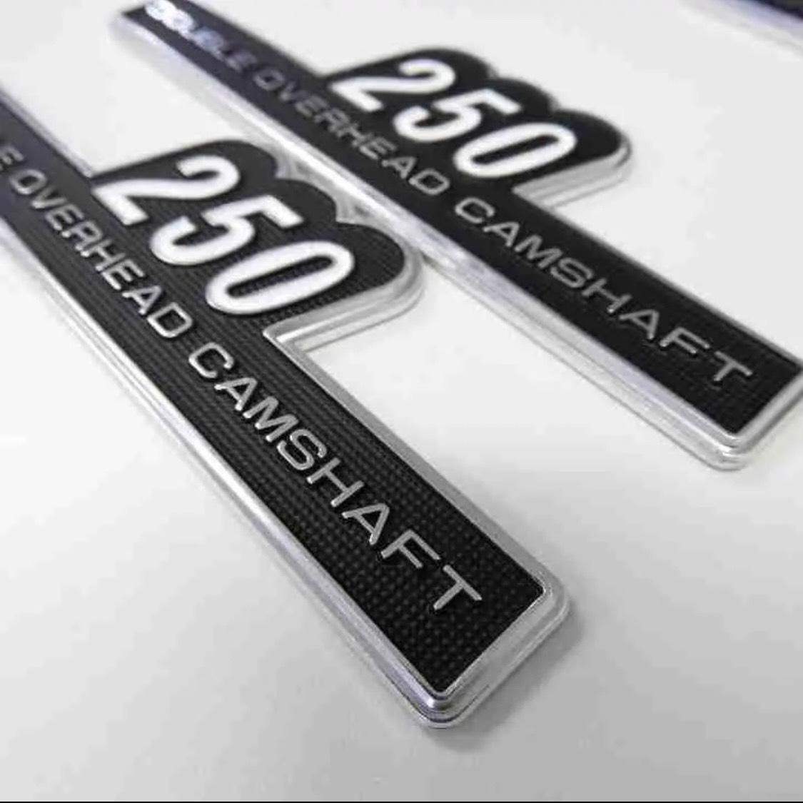 KAWASAKI サイドカバーエンブレム Z2タイプ 250 貼り付け カワサキ